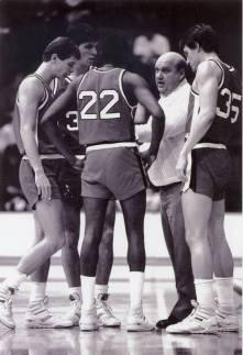 Rick-Majerus-coaching-Ball-State-basketball-001.jpg